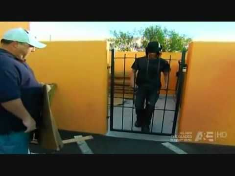 Criss Angel - Walk Through Metal Gate - YouTube