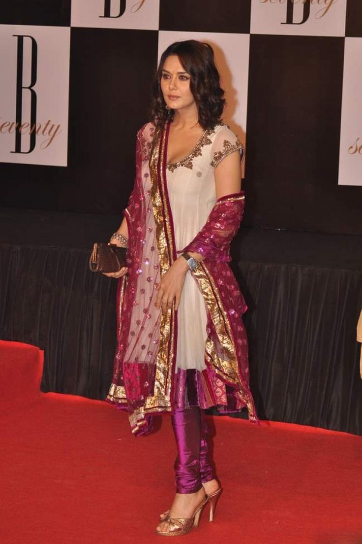 Saree - Indian Sarees Online | 2019 Latest Sari Designs ...
