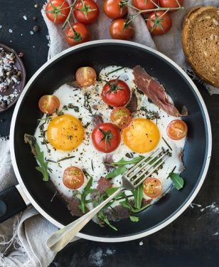 20 produktów, które warto jeść na śniadanie - http://tvnmeteoactive.tvn24.pl/dieta,3016/20-produktow-ktore-warto-jesc-na-sniadanie,190880,0.html