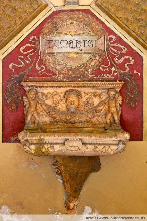 La fonte dell'ex stabilimento termale Tamerici a Montecatini Terme, in Toscana