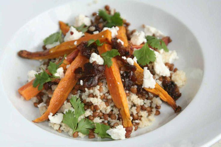 Zoete aardappel salade verrukkelijk van smaak en bomvol goede vitamineren en mineralen.