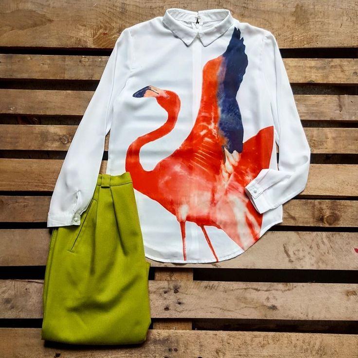 Camicia con fenicottero 35 euro, gonna vintage a vita alta verde acido 30 euro!