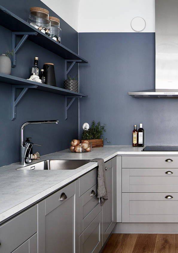 Kitchen In Warm Grey And Petrol Blue Coco Lapine Design Blue Kitchen Decor Grey Kitchen Walls Blue Kitchen Designs