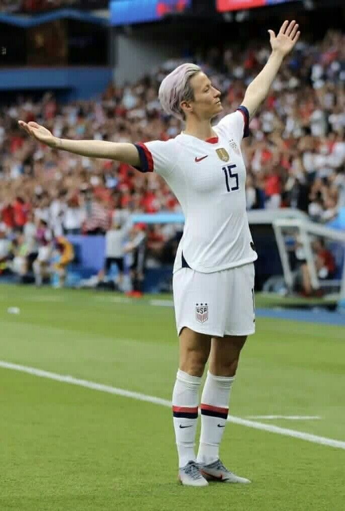 Are You Not Entertained Uswnt Captain Megan Rapinoe Scored Twice Against France During The 20 Us Women S National Soccer Team Fifa Women S World Cup Uswnt