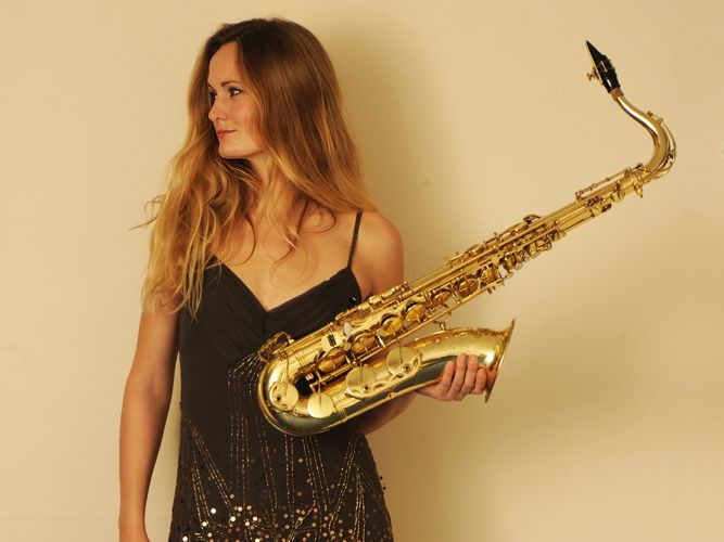 Heather Hoyle #saxophonist #entertainment #performer #velvetentertainment #saxophone