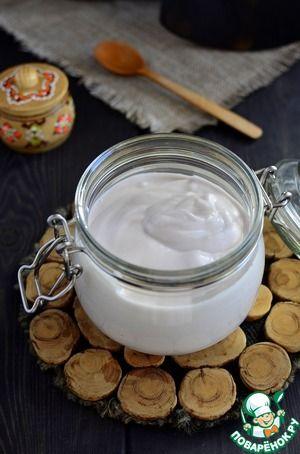 Постный майонез из жидкости от консервированного горошка или фасоли По вкусу не отличить от домашнего на желтках. Густой консистенции, хранится в холодильнике до 7 дней.