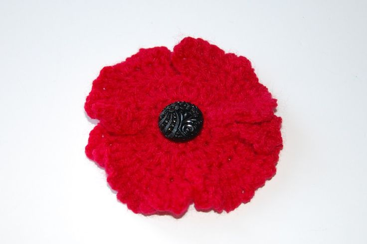 It's soon to be Remembrance Sunday, and what better way to get involved than to make and donate. This crochet pattern is a great way to show your support for this worthy cause - just don't forget to donate to the Royal British Legion too!