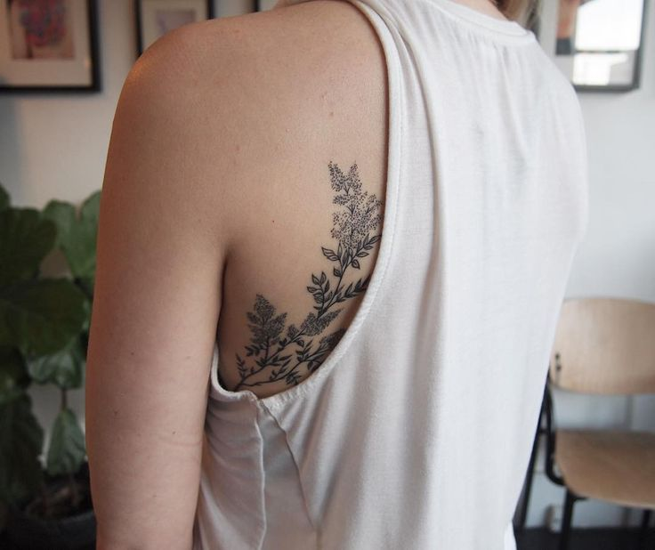 Jenny's healed lilacs peeking out  #floraltattoos #backformore
