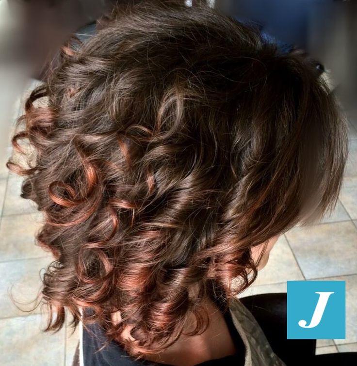 Degradé Joelle nelle nuances Marsala e cioccolato e Taglio Punte Aria. #cdj #degradejoelle #tagliopuntearia #degradé #igers #naturalshades #hair #hairstyle #haircolour #haircut #longhair #style #hairfashion