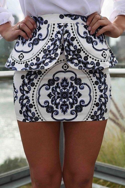 peplum pattern mini. IN LOVE