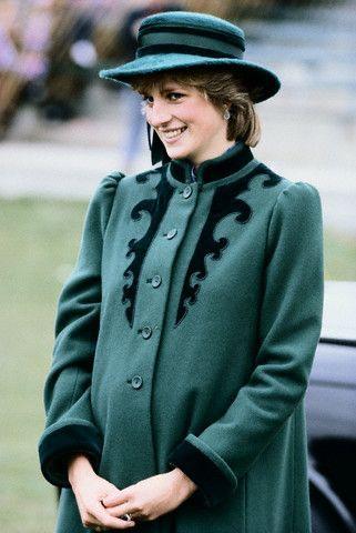 * PRINCESA DIANA ~ embarazada con el Príncipe William:
