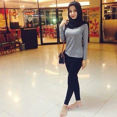 Tinggi semampaiii @jiji_balqis Follow juga : @indonesiaberhijab93 OA line nya : @rgg0856a (pake@) Id line : jilbab.cantik69 #jilbabcantik #jilbab #hijab #cewek #igo #igohijab #indonesiaberhijab #hijabcantik #jilboobs #jilbabsexy