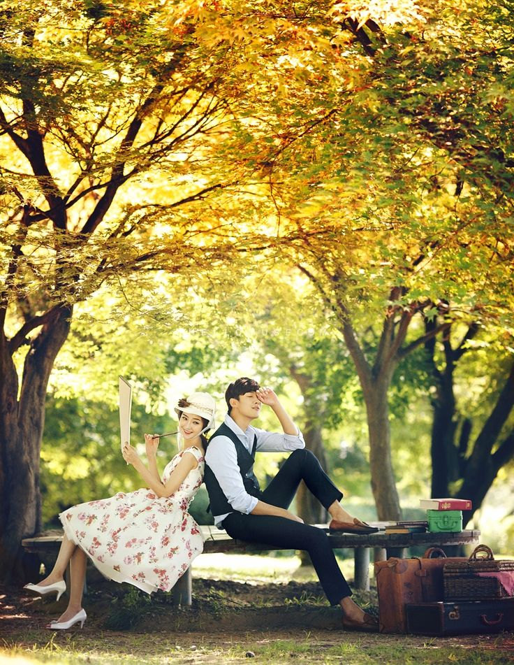 pre wedding photo shoot in Korea with red leaf, red leaves pre wedding photo package in Korea, Korea cherry blossom, Korea outdoor photo shoot package, Korean style outdoor, yello and red leaf pre wedding photo, photography, Korean outdoor pre-wedding photo shoot package promotion, Korea outdoor pre wedding photographer, hellomuse