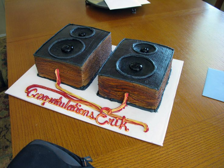 speaker cake | Kendra Reese Cake Design: Erik's Graduation cake
