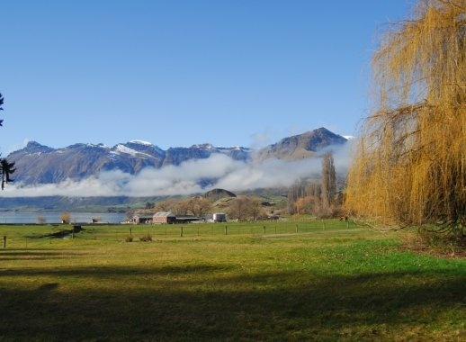 Ранчо Маунт Николас, Квинстаун, Новая Зеландия. 100,000 акров нетронутой красоты на берегу озера Вакатипу. Великолепноем место для занятий верховой ездой и уединенного семейного отдыха в роскоши. #новаязеландия #квинстаун #вакатипу #отдых