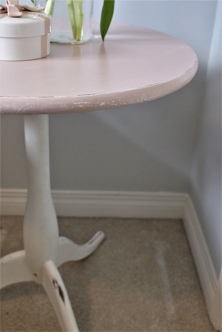 pretty in pink details #chalkpaint #painted #furniture #anniesloan #diy #shabbychic  www.facebook.com/2ndhomefurnishings/