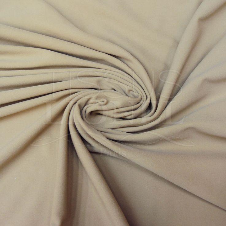 Le tissu lycra doublure chair c'est un tissu de très bonne résistance, élastique dans les deux sens, couvrant et de touché doux et agréable. Ce tissu est idéal comme doublure de vêtement nécessitant spécialement bi-élasticité. Il augmentant le confort dans le cas de tissus lycra et donnant de l'opacité sous les résilles et tulle. Le tissu lycra doublure chair est également très utilisé pour la confection des costumes et tenus de spectacle.
