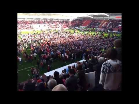 Rotherham United win promotion to Division 1