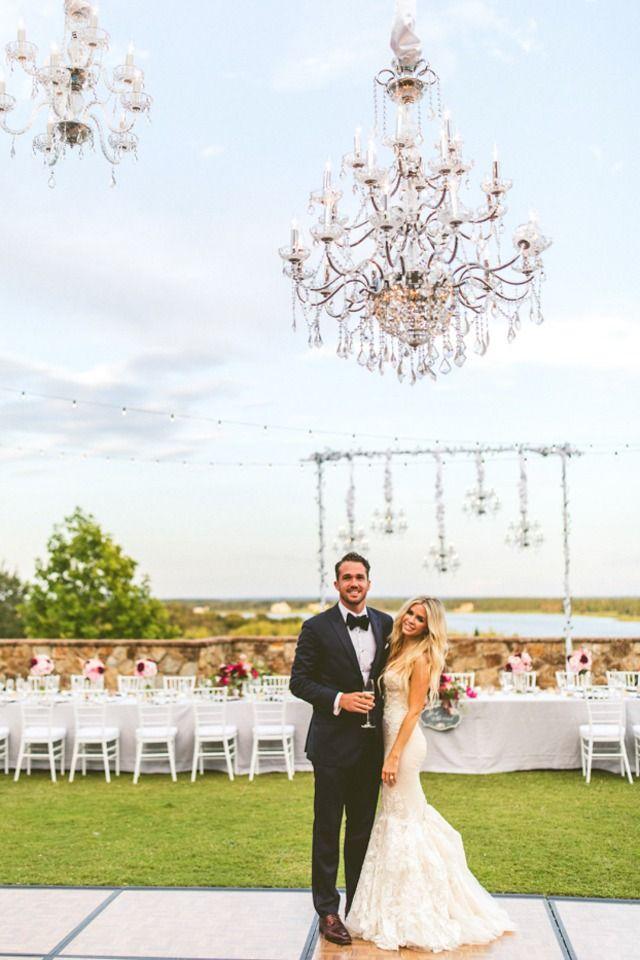Best 25 Carrie Bradshaw Wedding Dress Ideas On Pinterest Vivienne Westwood Uk And Serie