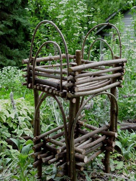 Twig Plant Stand Crafts Twig Furniture Twig Crafts