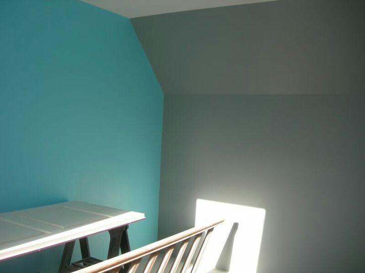 Mur turquoise gris