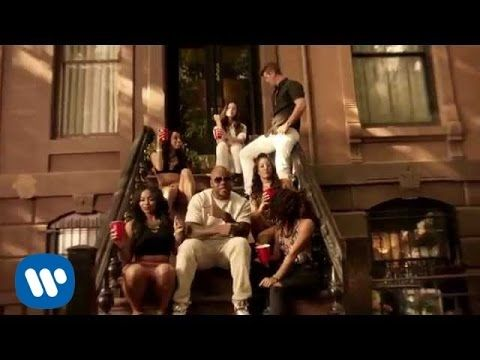 ▶ Flo Rida ft. Robin Thicke & Verdine White - I Don't Like It, I Love It [Official Video] - YouTube