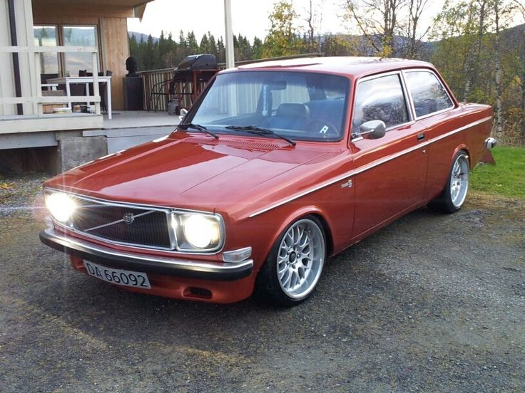 Volvo 142, just don't see them anymore. ..: indeed not; so let's make 'em :..