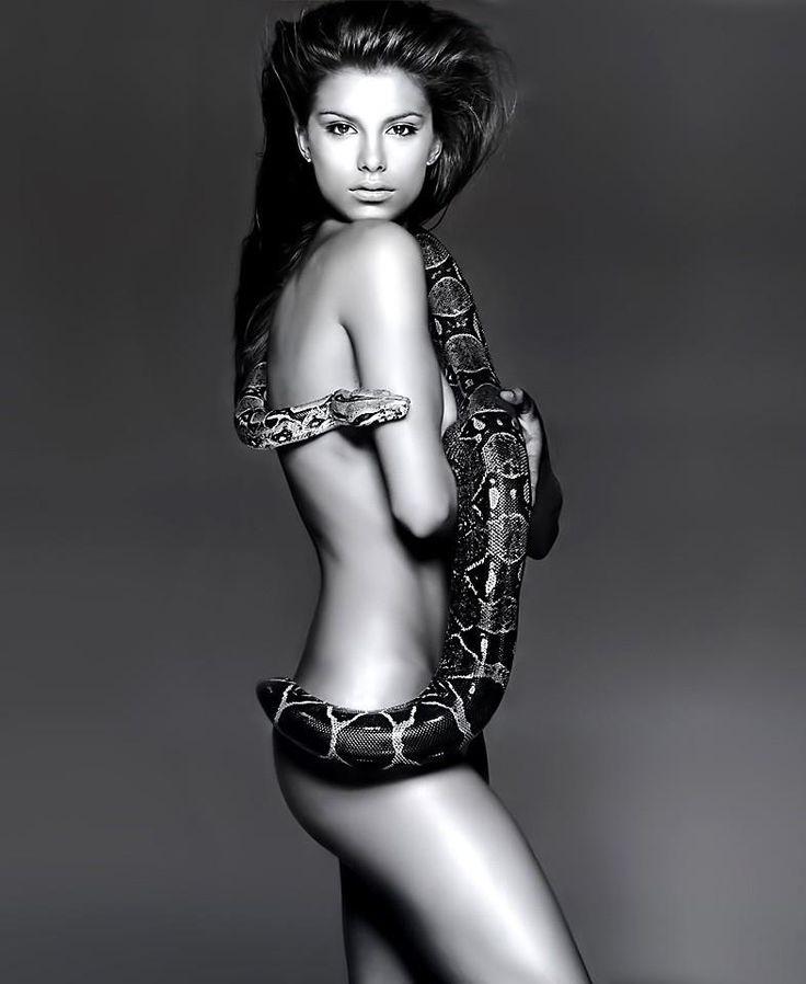 Latino hot naked young girls