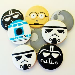 Galletas de glasa con decoración de Star Wars.                                                                                                                                                                                 Más