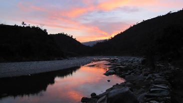 Crossing the river into Baitadi at dusk!