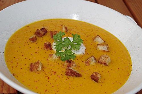 Möhren - Ingwer - Suppe mit Kokosmilch