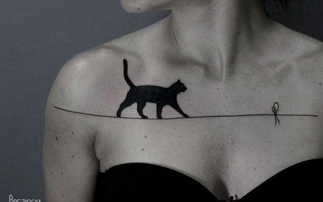 Gli incredibili tatuaggi SURREALI di Ilya Brezinski Questi spettacolari tatuaggi del grande artista bielorusso Ilya Brezinski hanno un qualcosa di surreale al loro interno e l'uso del dotwork crea un effetto ombra quasi 3D che non è possibile ottenere #tatuaggio #surreale #arte #3d #bodyart