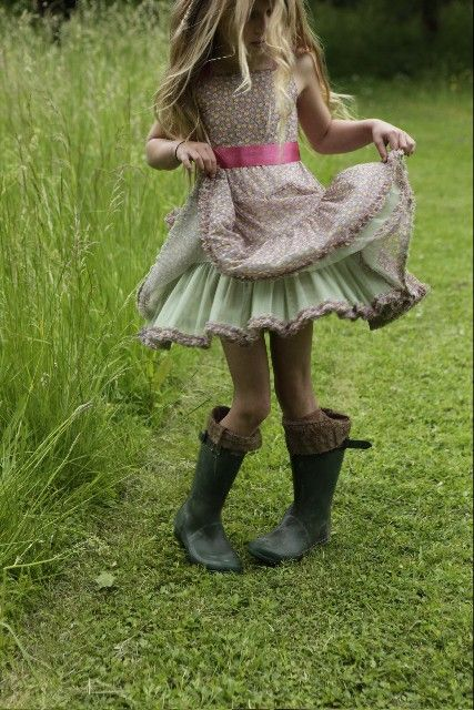 pastel dress and boots. love this for the messy hair but shiny ribbon.