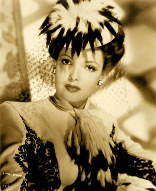 Acress Linda Darhell in 1940s hat...