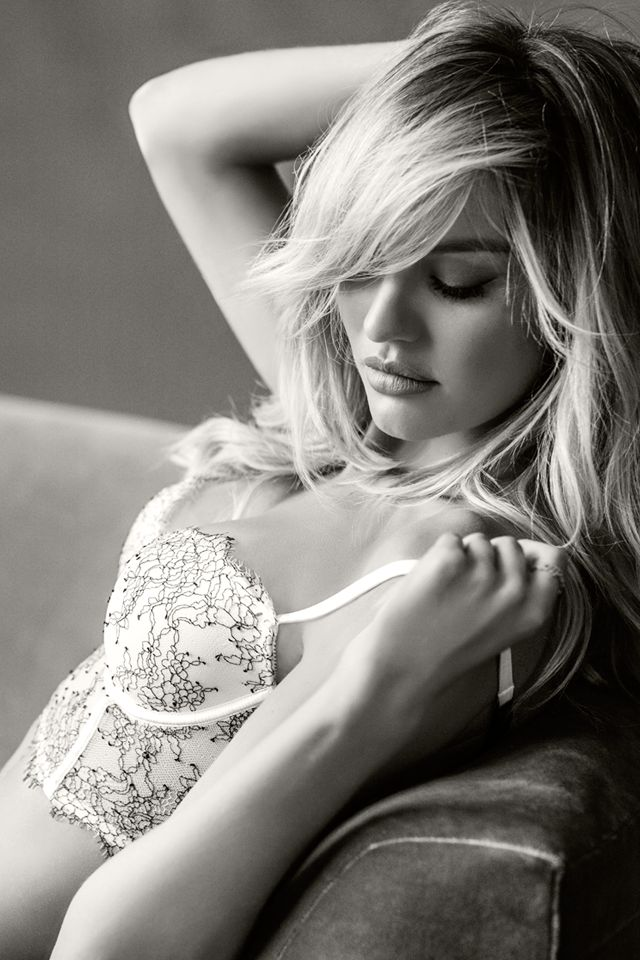 Candice: Delicate details make the sexiest statements.