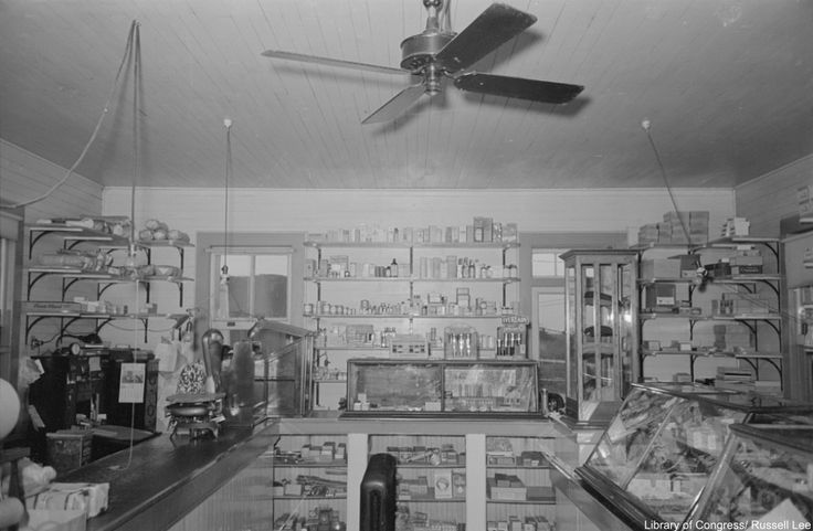 General store in Louisiana, 1938. Via/ Library of Congress