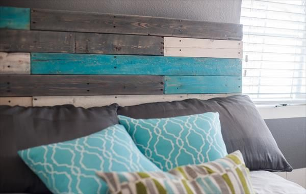 DIY Pallet #Headboard - Multicolor Design | #Pallet Furniture DIY