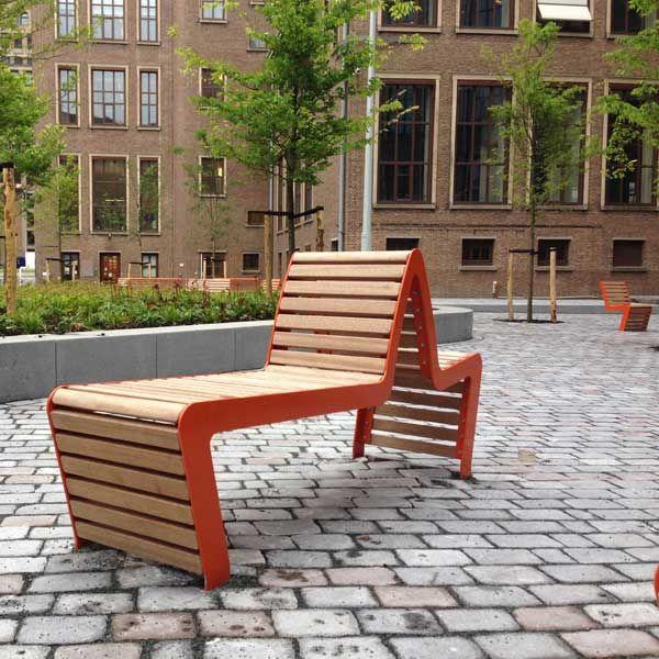FalcoLinea Sofa banken voor Amstel Campus, Amsterdam.