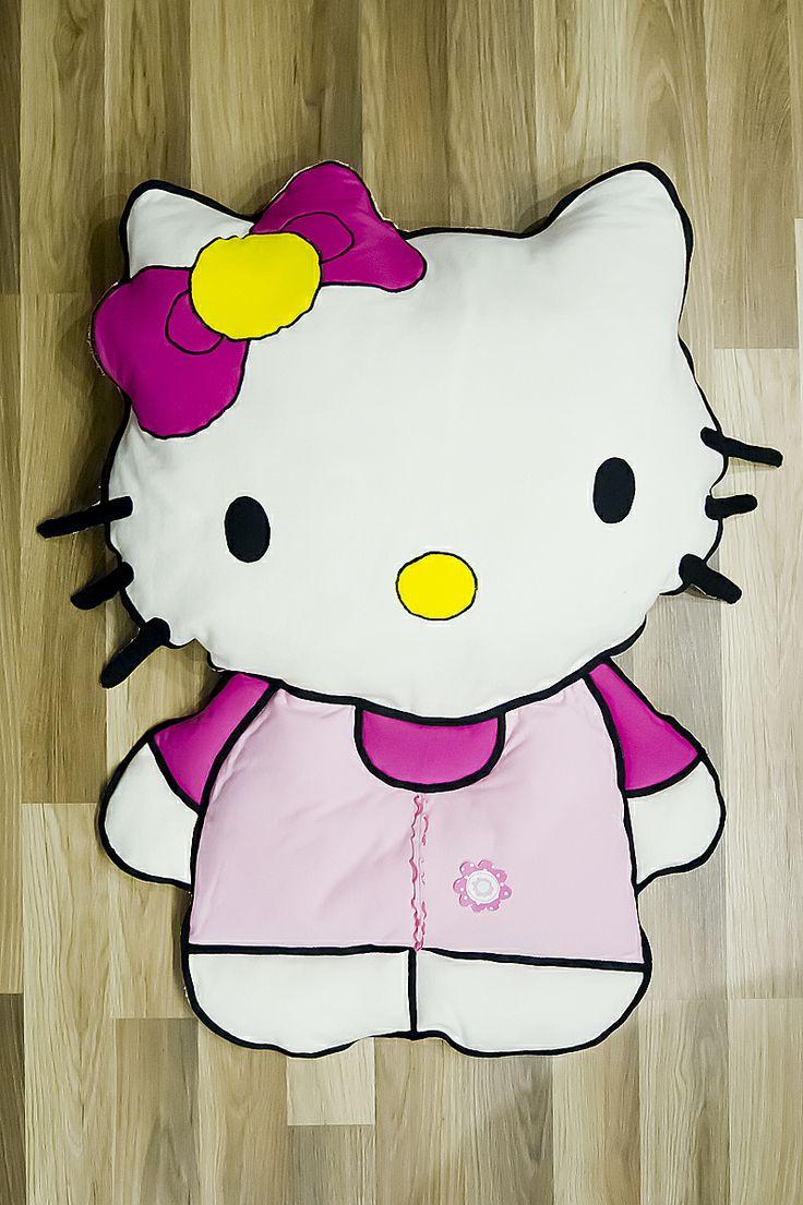 Poduszko - maskotka Hello Kitty. #poduszka #maskotka #hellokitty #dziecko #kotek #tkanitka