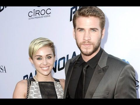 Miley Cyrus ''Definitely Still Loves'' Liam Hemsworth and... Wants to Ge...