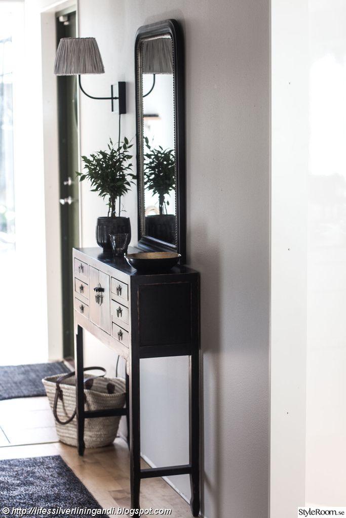 svart sideboard,hallmöbel,baazar,tinek,housedoctor,hall