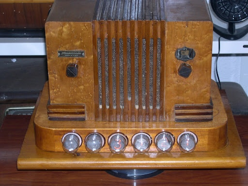 1000 Images About Radio On Pinterest Blue Ray Dvd