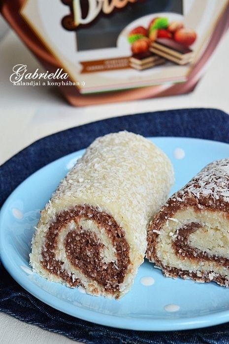 Gabriella kalandjai a konyhában :): Kókuszos tekercs - főzött krémmel