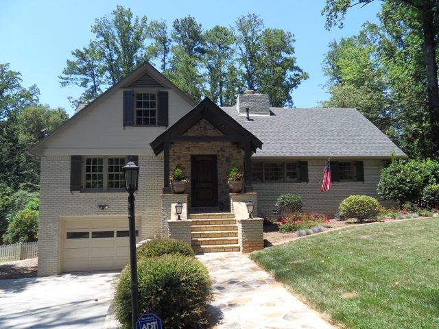 Sw Adaptive Shade Dunwoody Home In Analytical Gray And