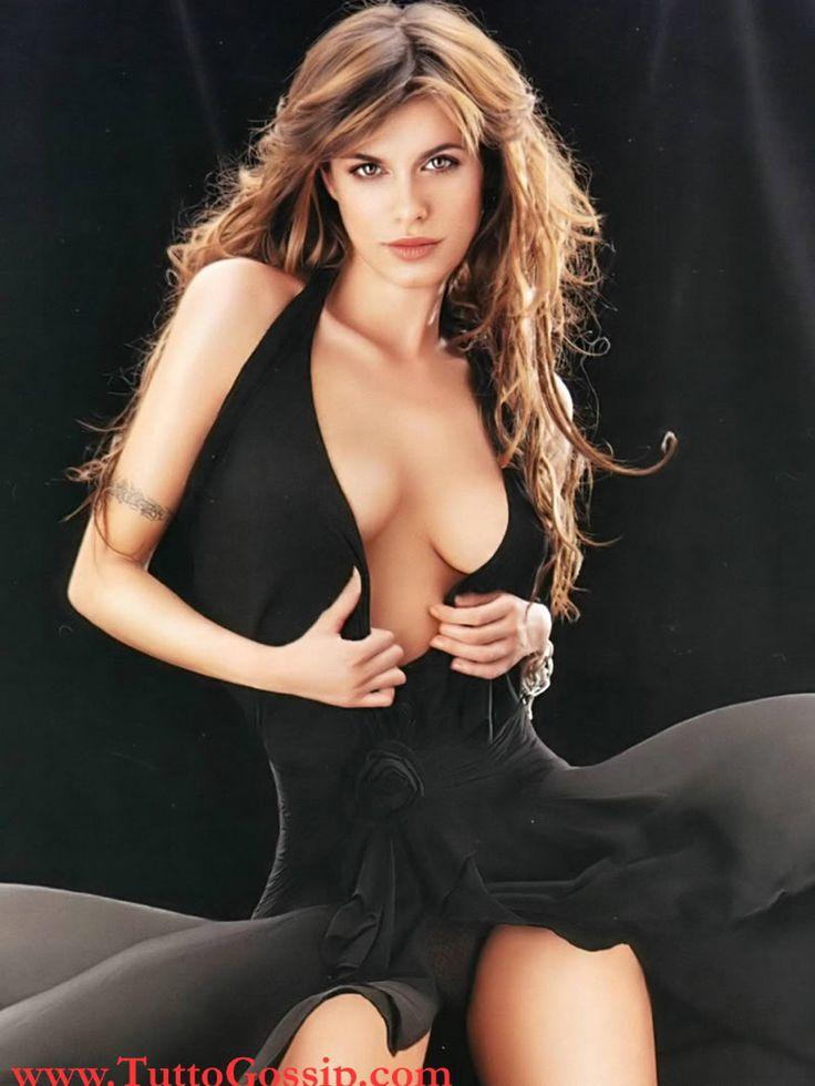 Sylvie van der vaart nude
