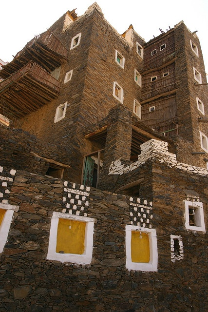 saudi arabia rijal al maa    Rijal Almaa is a traditional, centuries old village of multistorey, stone fortress houses. One of the houses has been beautifully restored and converted in the Almaa Museum