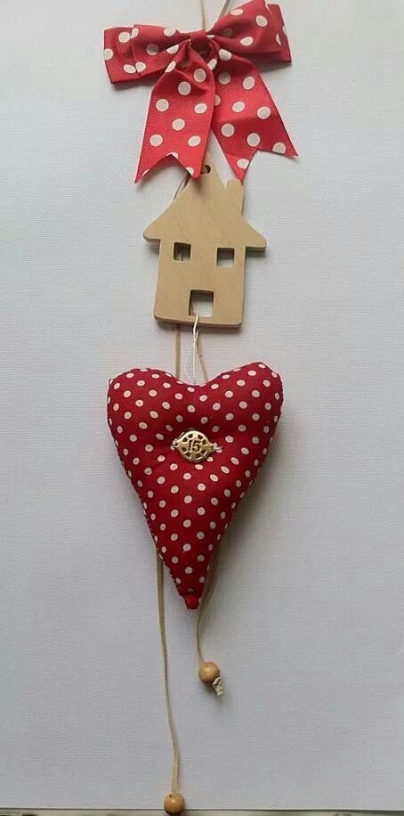 Christmas decoration. Wooden handmade house, long charm with heart. By KIKOmania 13€ Γουρι χειροποίητο