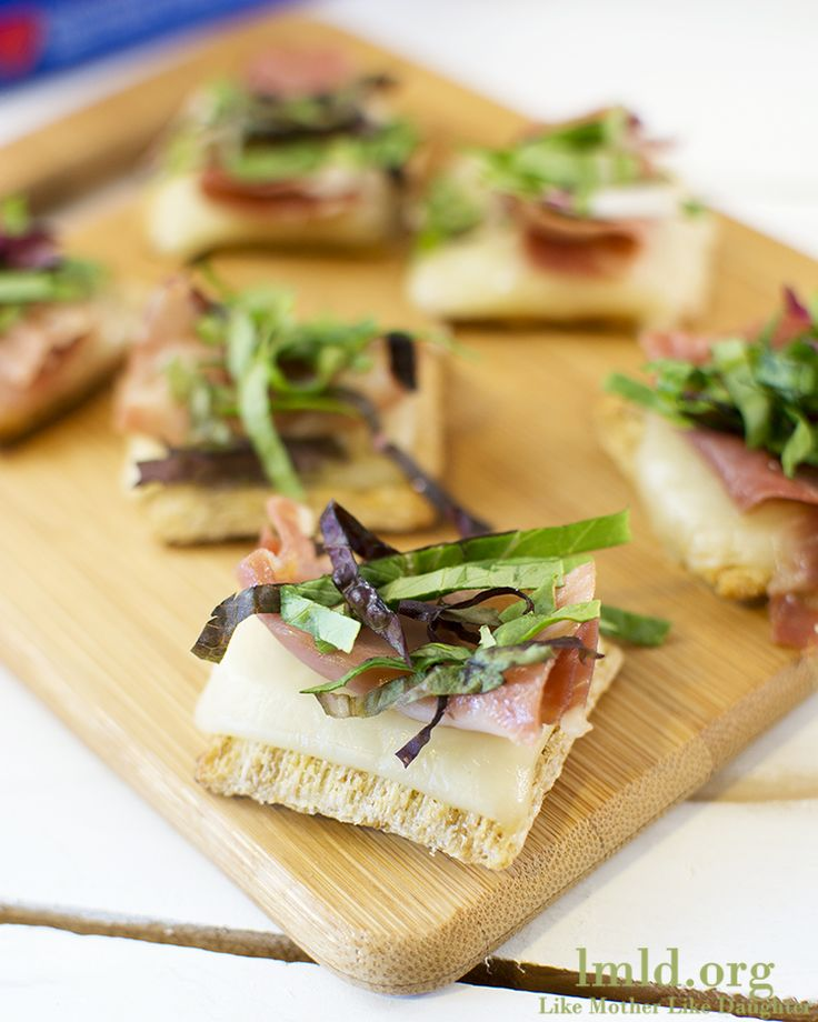 Proscuitto & Mixed Greens Triscuit Cracker - Like Mother Like Daughter