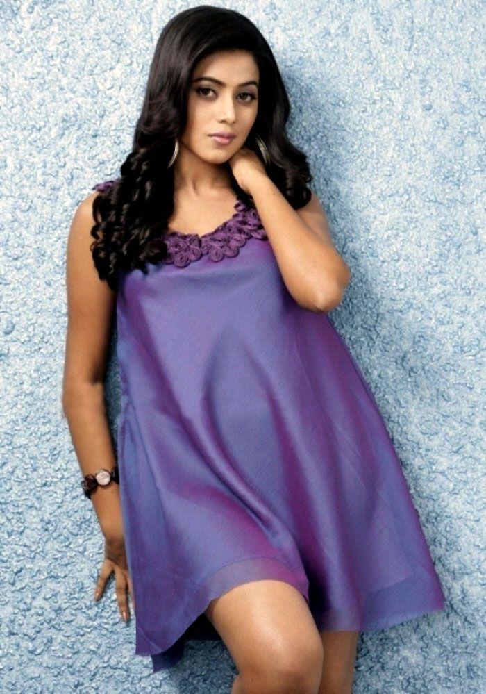 Malayalam Beautie Shamna Kasim
