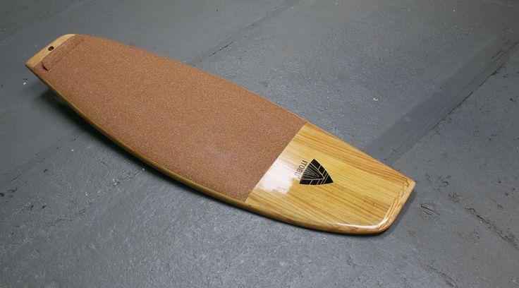 ITOBU Parallelogram Surfboard 5,4'  #woodensurfboard #asymmetrical #cork #wood